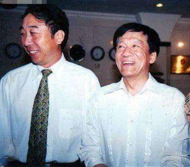 老照片:冯巩和侯耀文