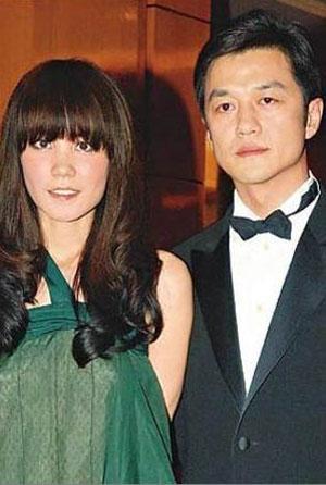 老照片:王菲和李亚鹏