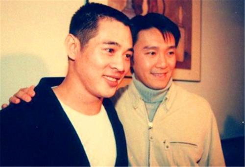 老照片:李连杰和周星驰