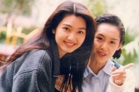 老照片:洪欣和朱茵