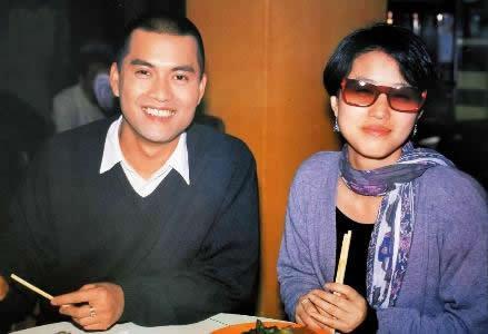 老照片:吕良伟和周海媚